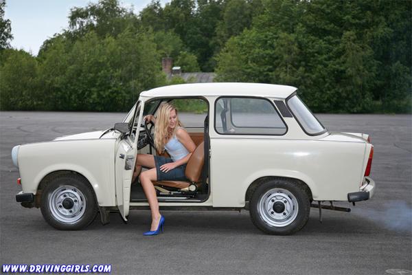 driving_veb_sachsenring_trabant_601_005.jpeg